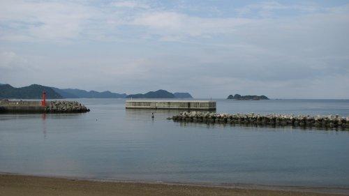 穏やかな栖原海岸