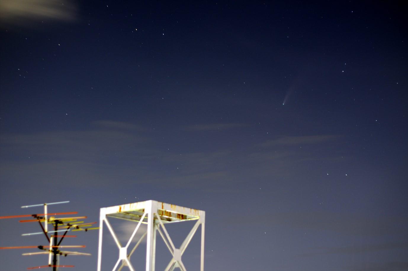 ネオワイズ彗星 2020年7月20日 20:38:30(50mm、f/2、15sec、ISO100)